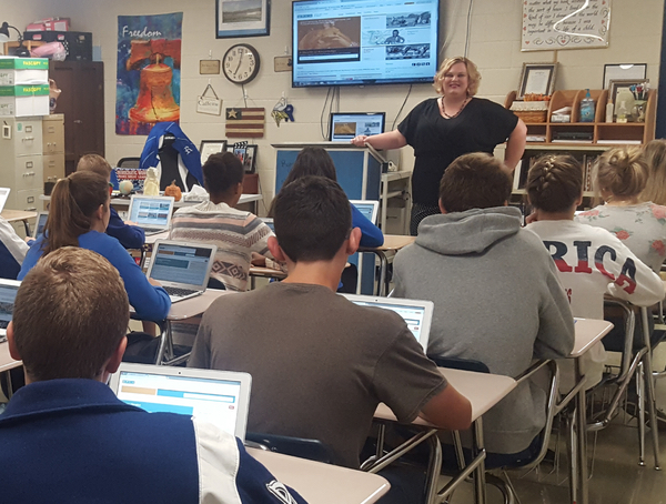Adena, a high school school teacher in West Virginia, leads her students in a U.S. History lesson using DPLA Primary Source Sets.